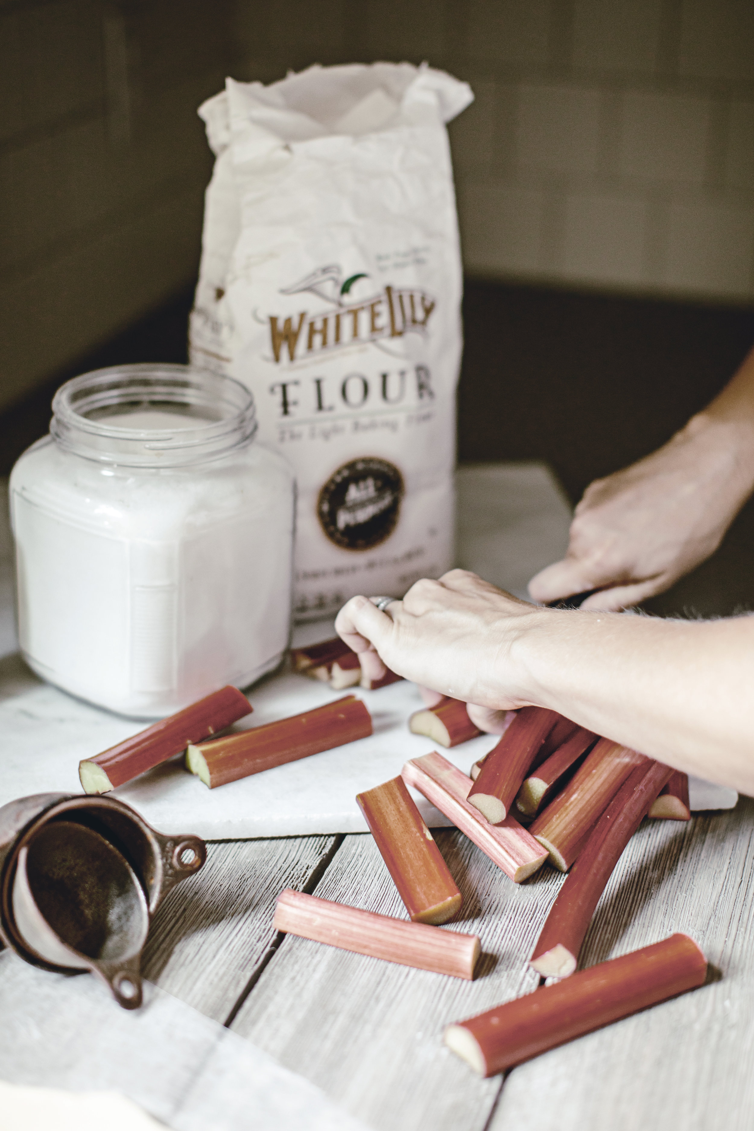white lily flour and rhubarb is a southern match made in heaven / heirloomed