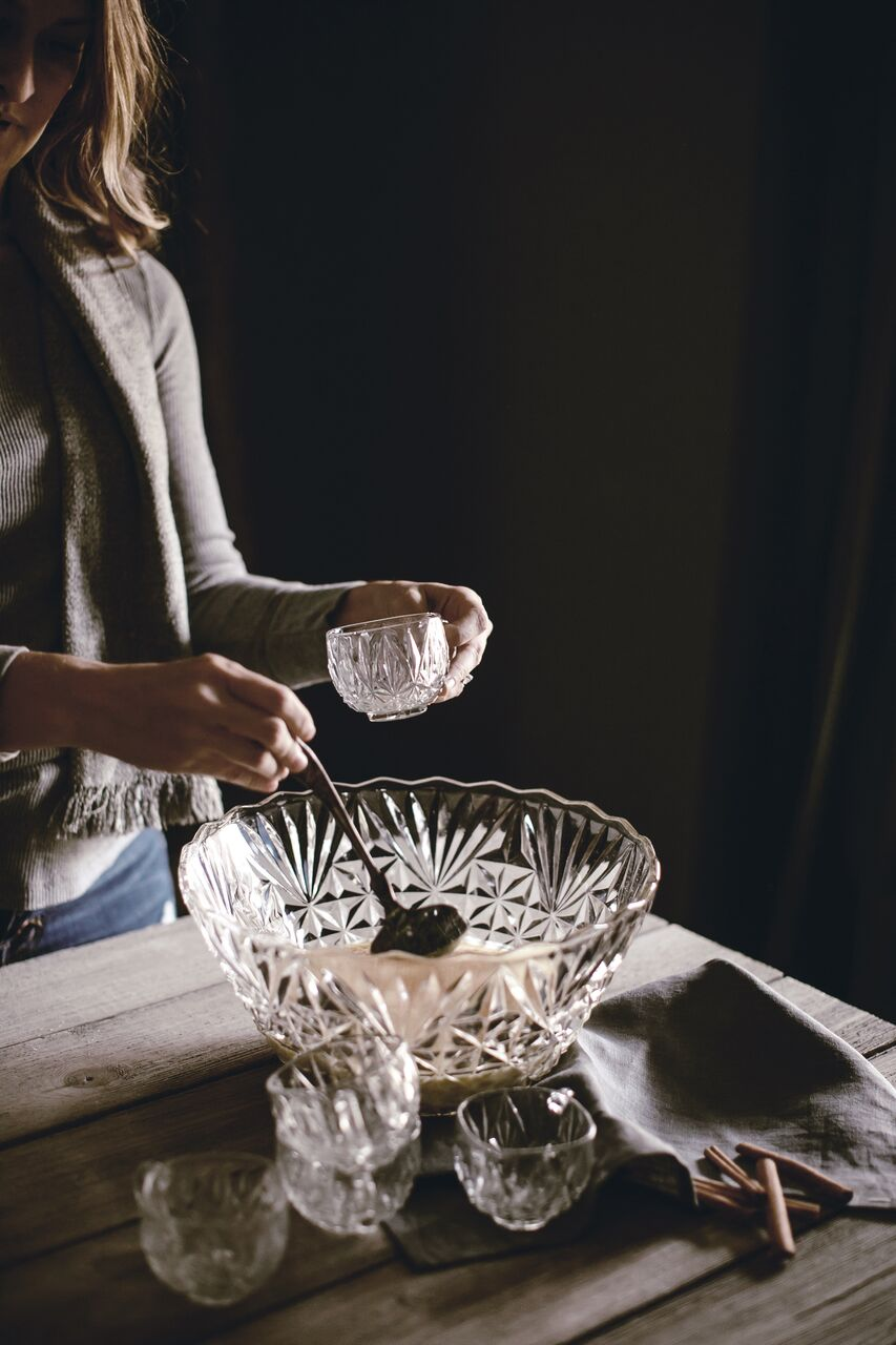 Vintage Punch Bowl set / heirloomed