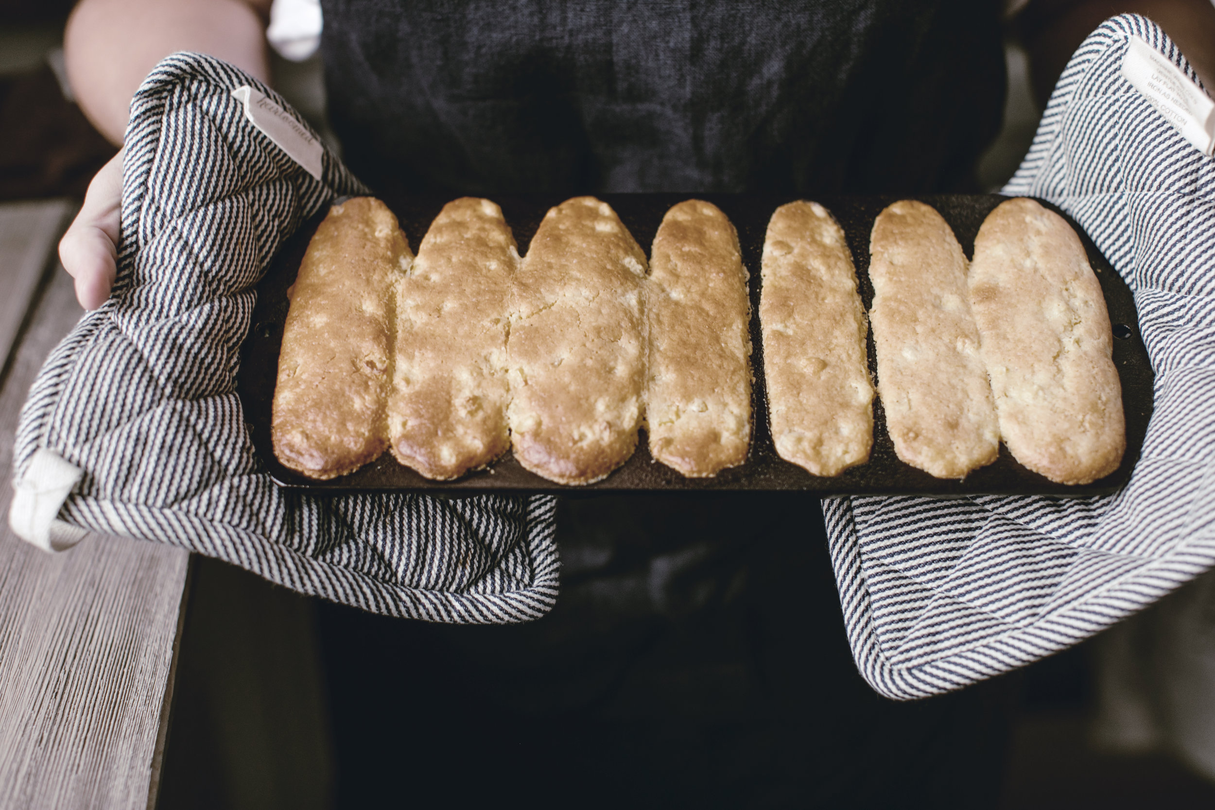classic cornbread / heirloomed