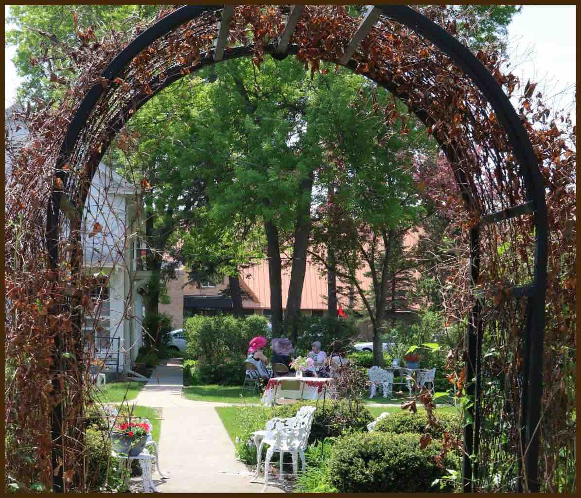 Octagon House Arbor IMG_4111 copy.jpg