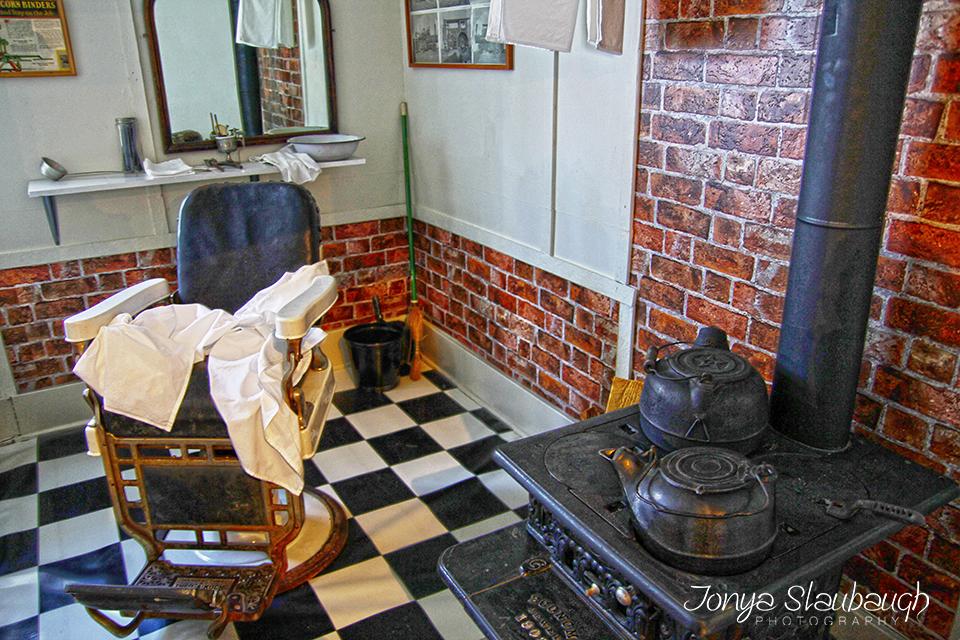 BarberShopHDR.jpg