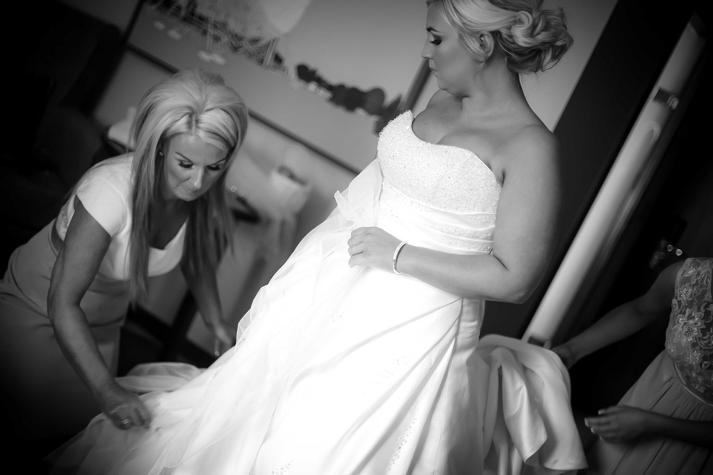 Cheshire wedding photographers-1-7.jpg