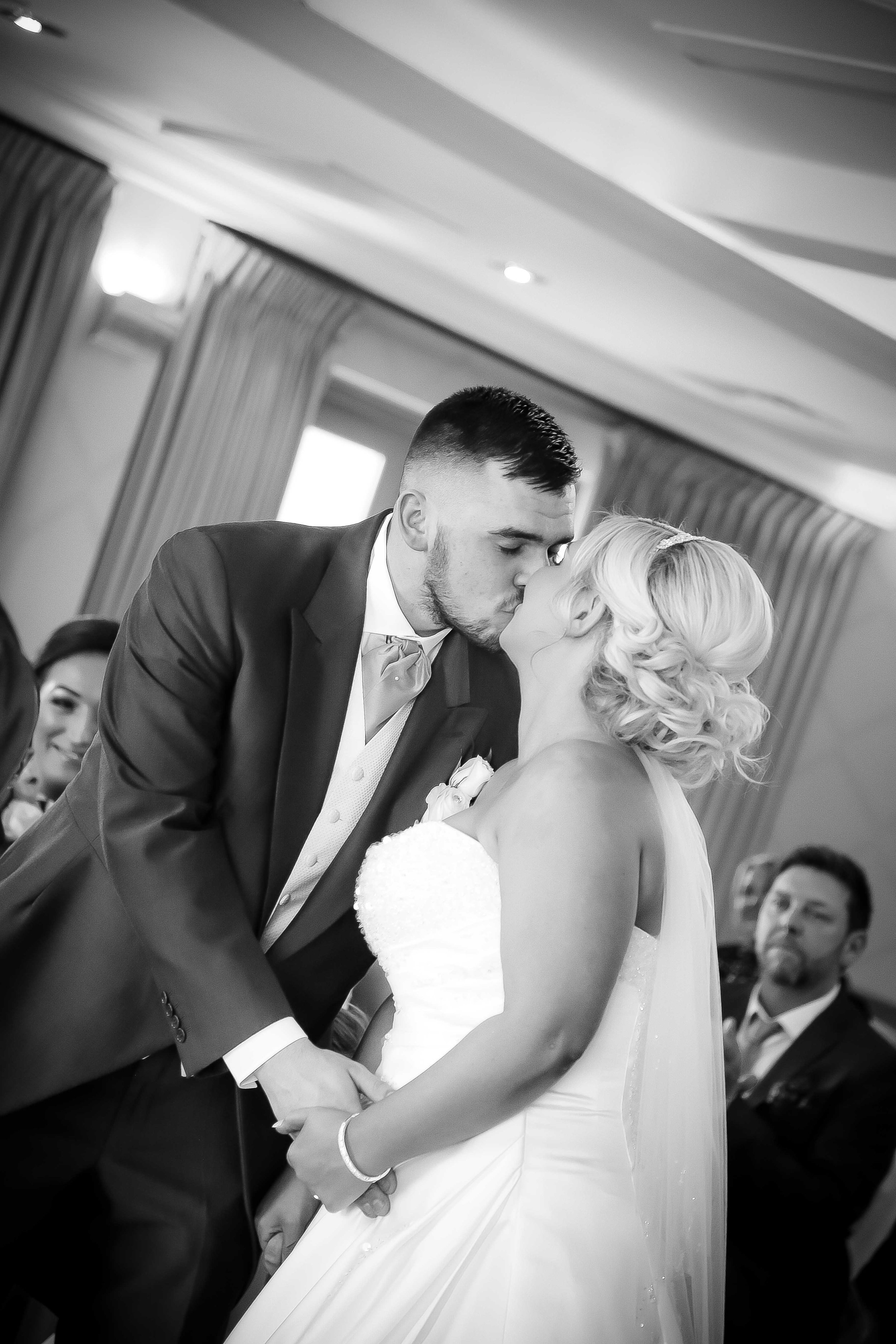 Cheshire wedding photographers-1-33.jpg