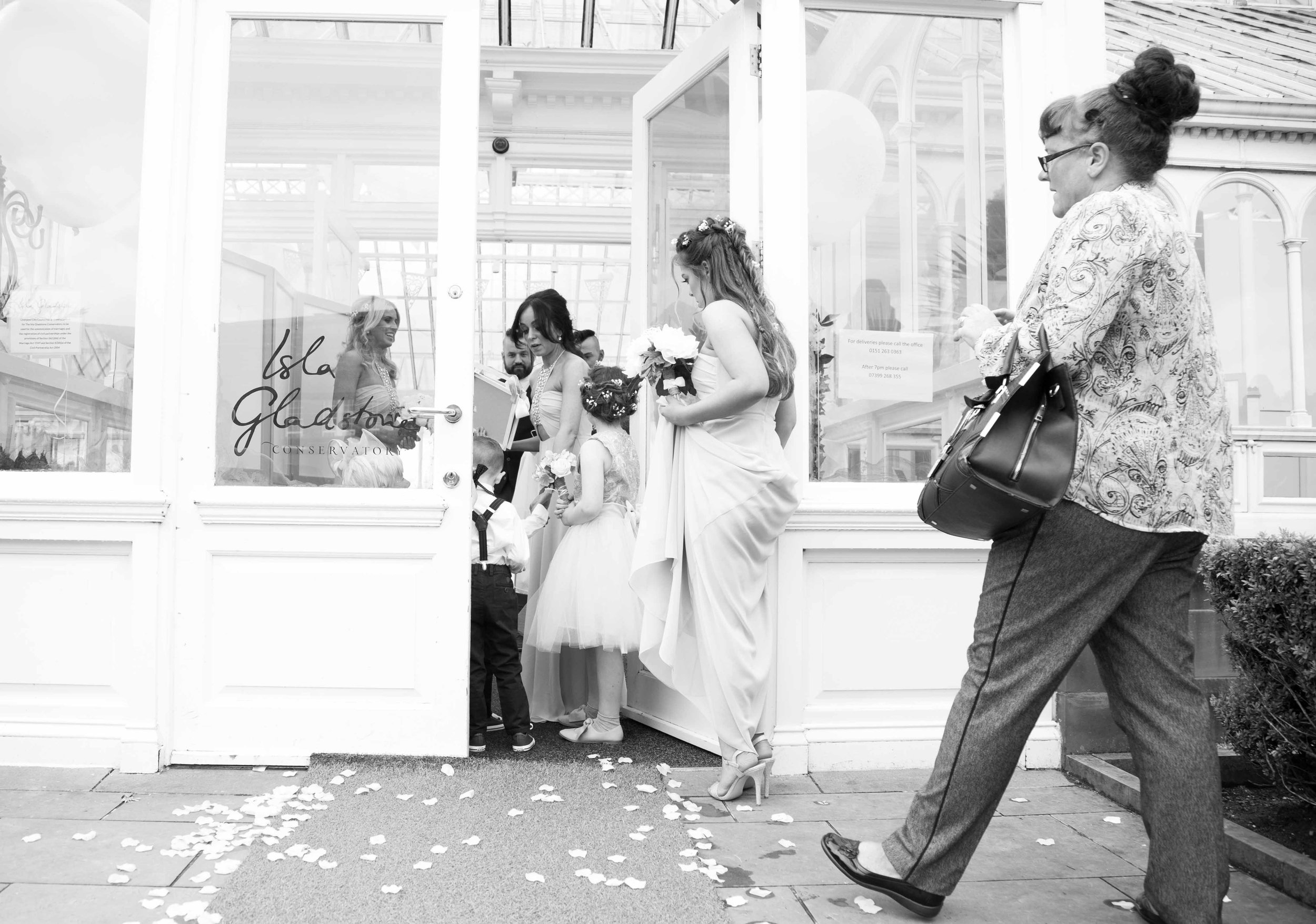 Liverpool Wedding Photographer (1 of 1)-12.jpg