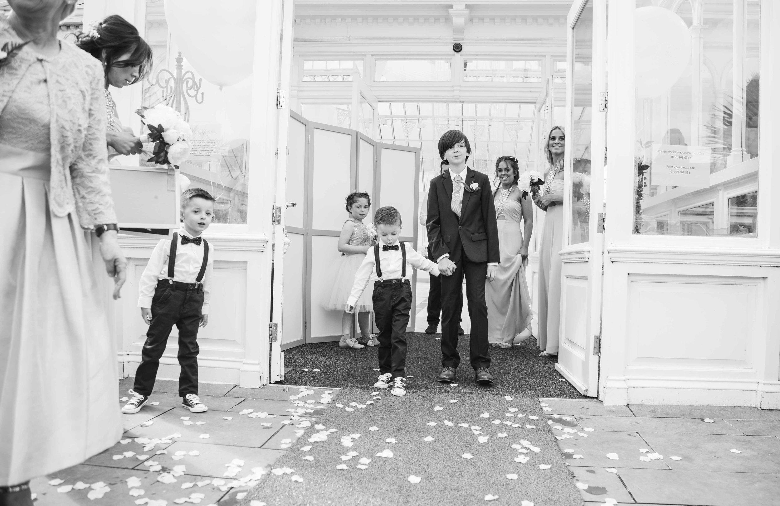 Liverpool Wedding Photographer (1 of 1)-23.jpg