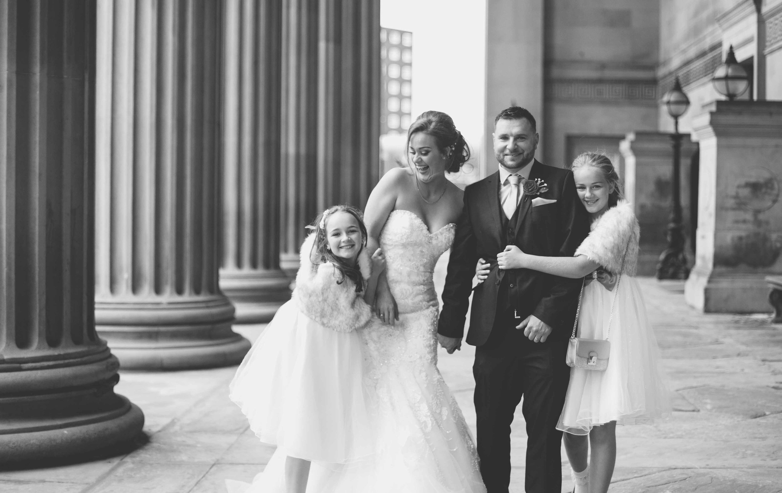 wedding-photos-at-st-georges-hall-liverpool (74 of 122).jpg
