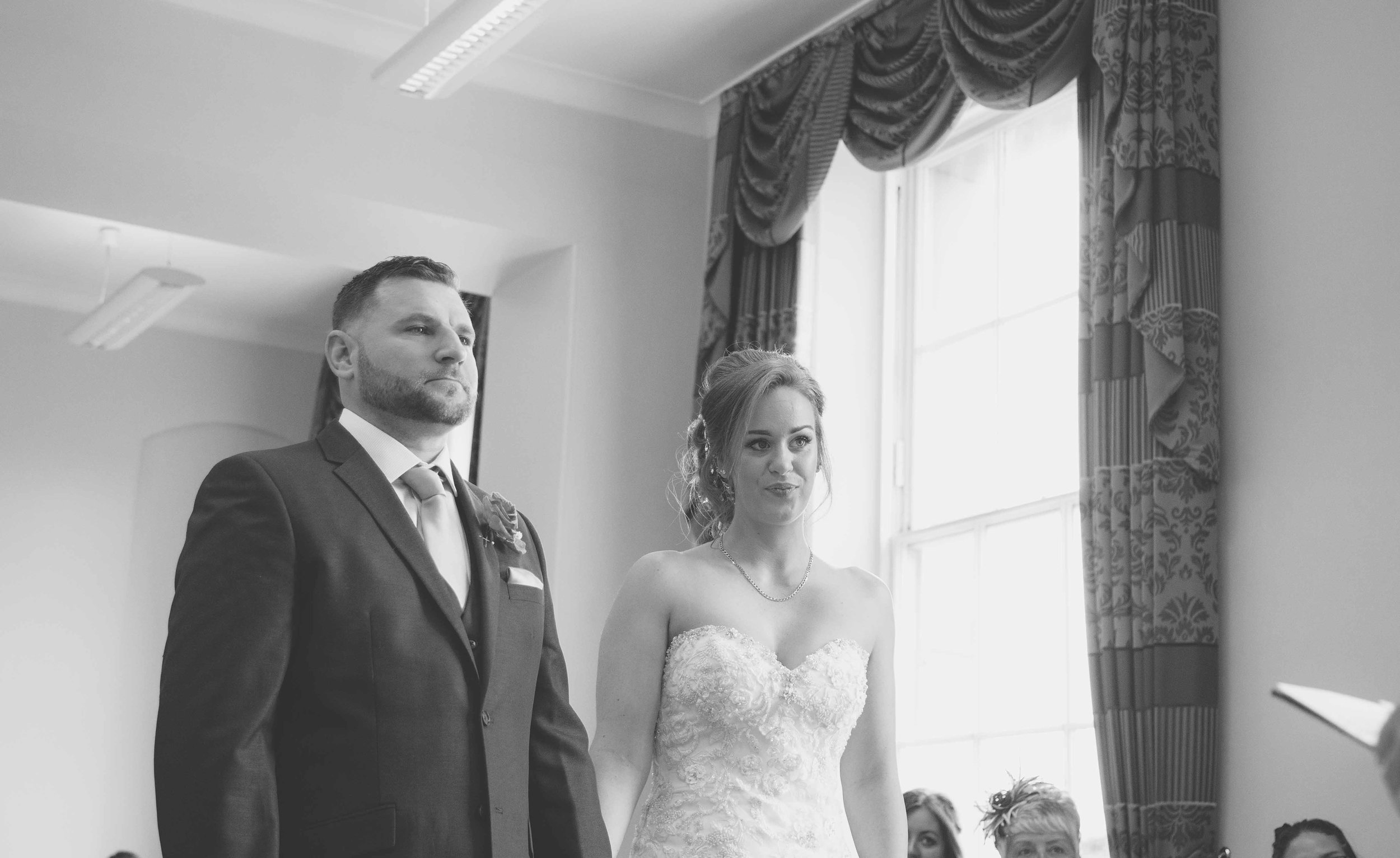 wedding-photos-at-st-georges-hall-liverpool (24 of 122).jpg