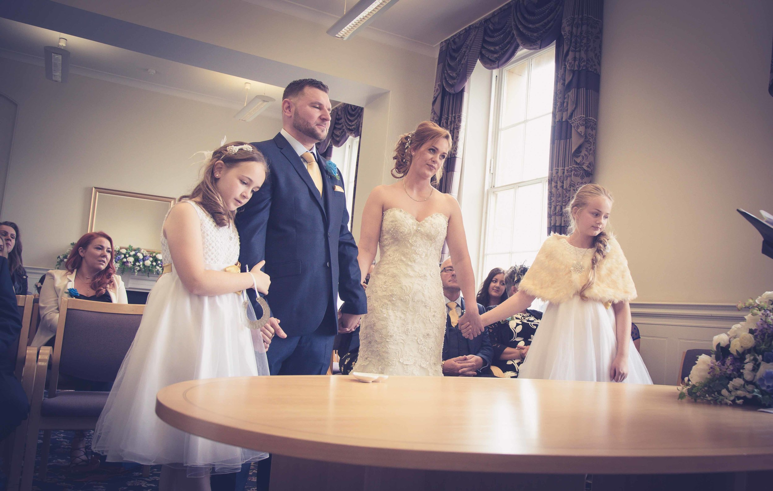 wedding-photos-at-st-georges-hall-liverpool (34 of 122).jpg
