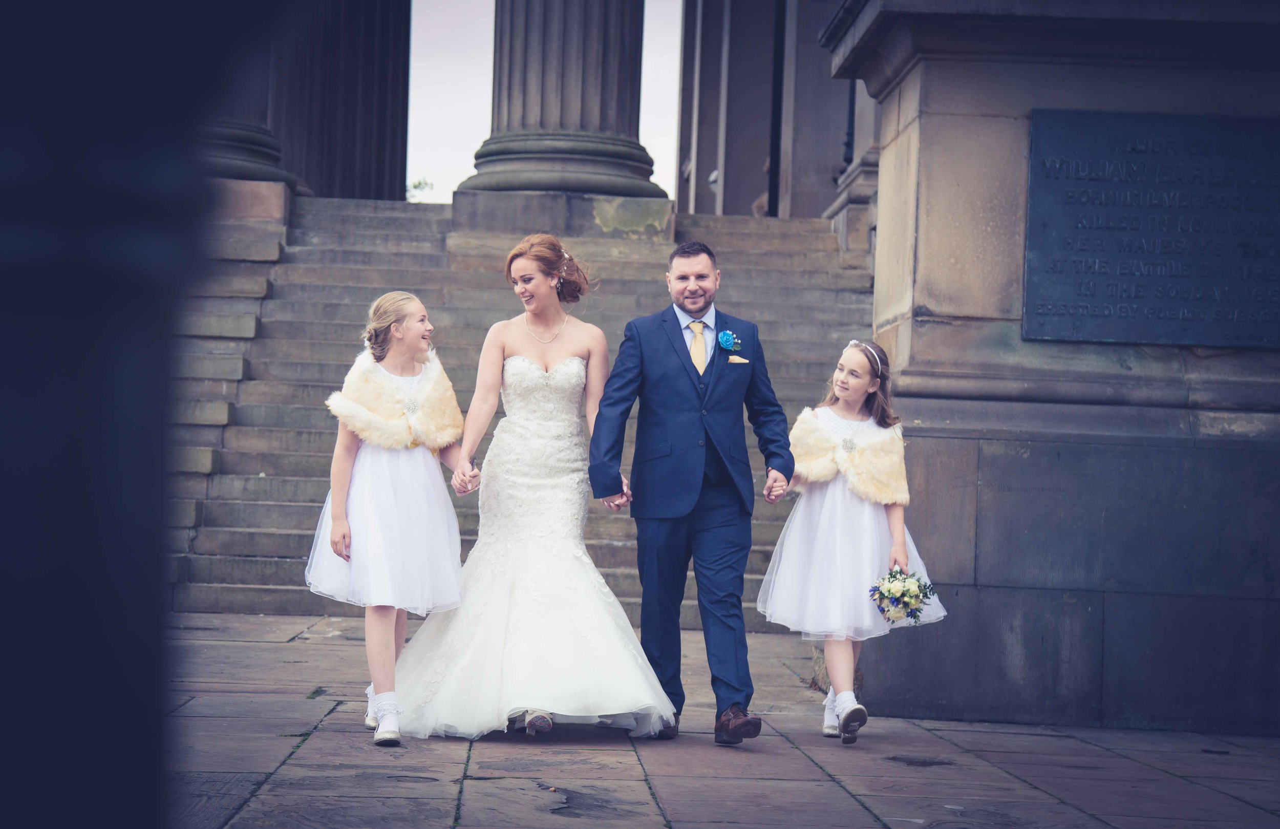wedding-photos-at-st-georges-hall-liverpool (58 of 122).jpg
