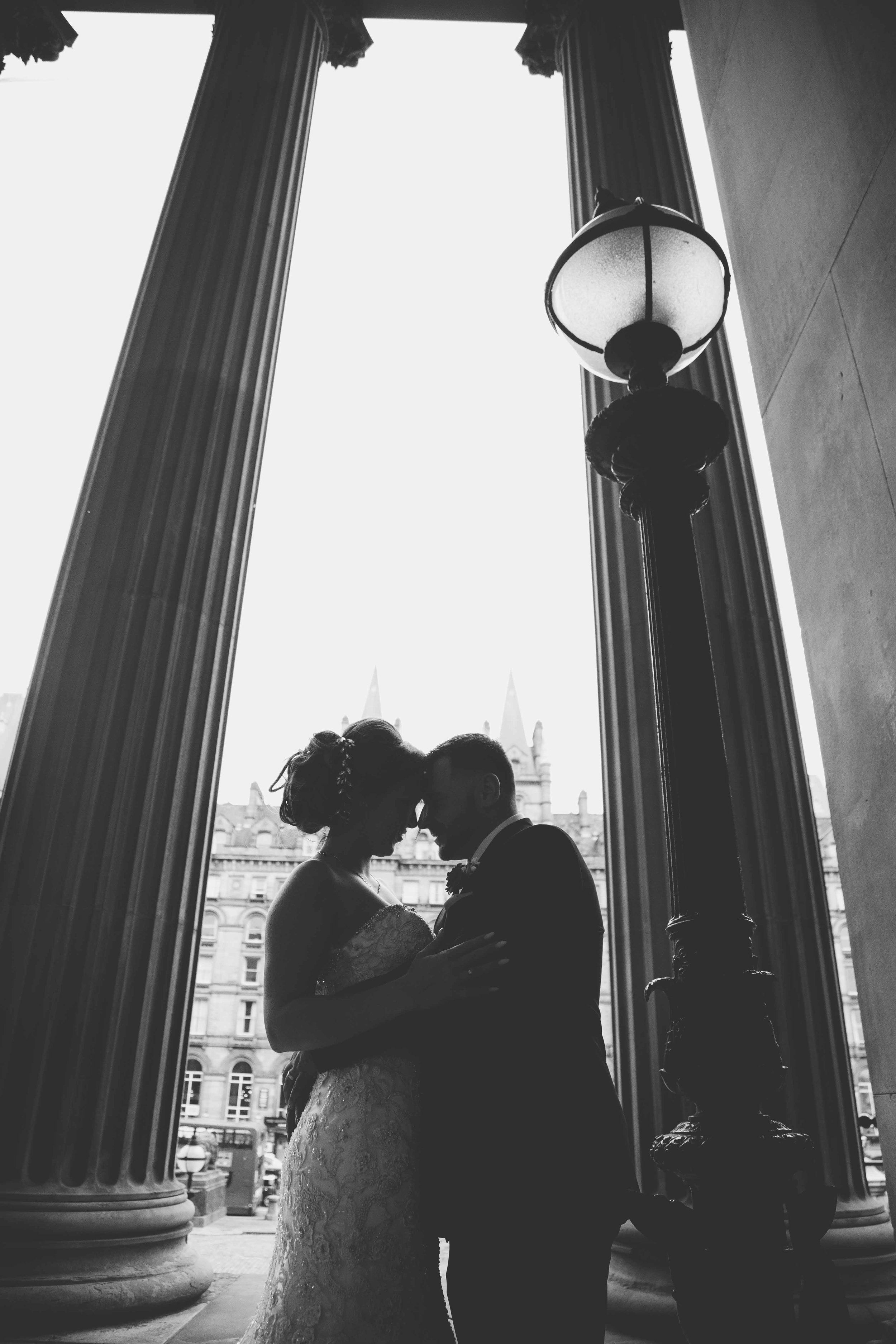wedding-photos-at-st-georges-hall-liverpool (60 of 122).jpg