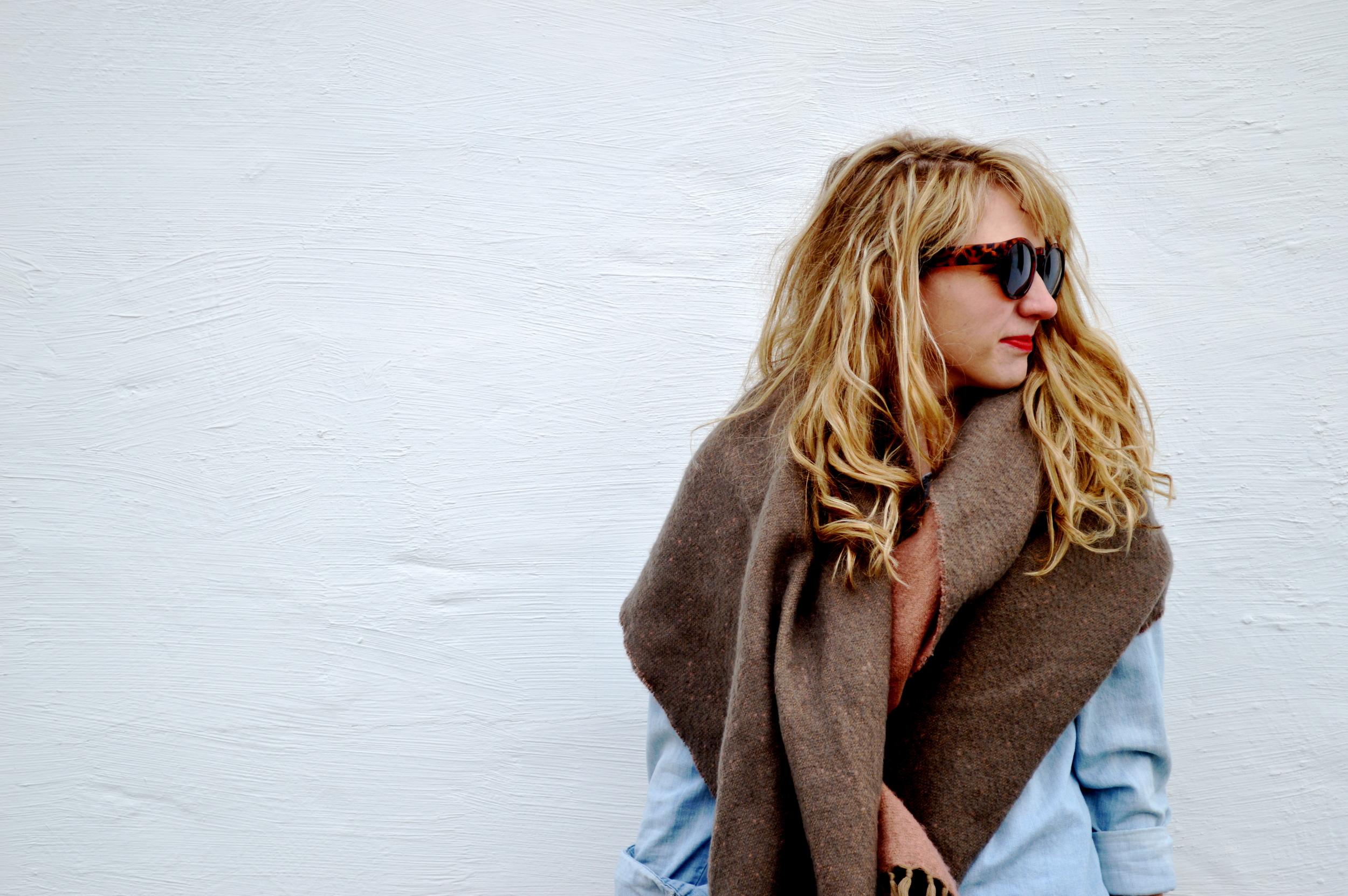 idastreet_blanketscarf_1.jpg
