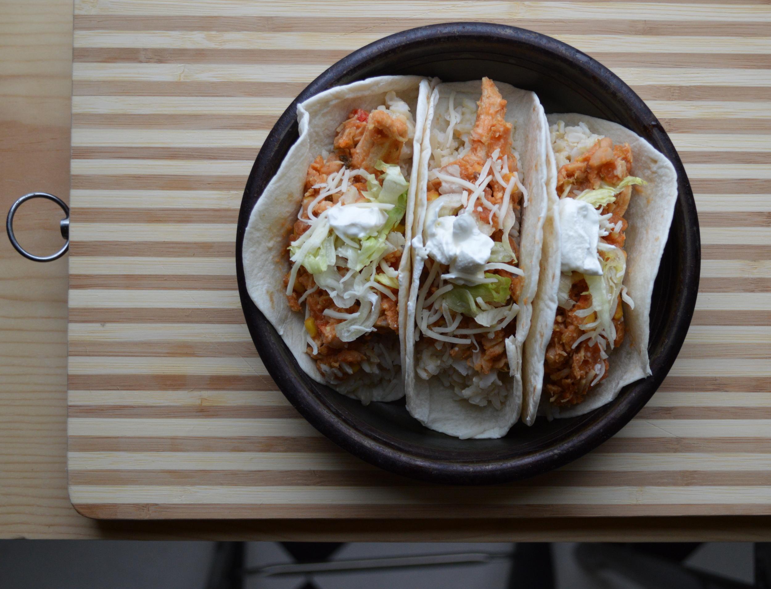 crockpot chicken tacos.jpg