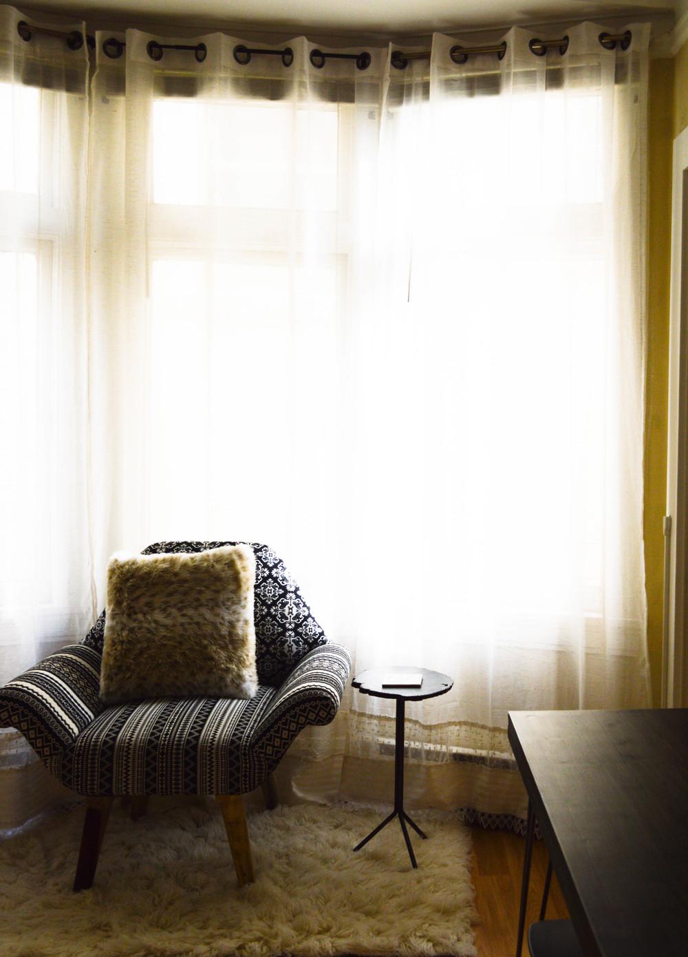 Lengthen+your+curtains+DIY.jpeg