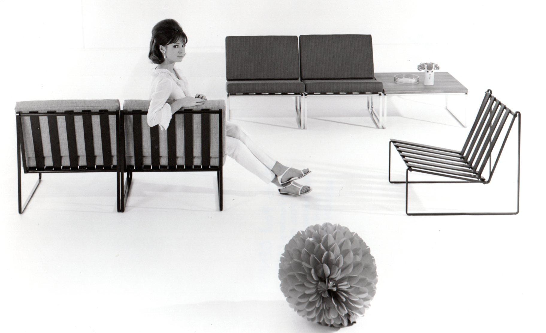 Photo Paul Genest. Table model 869, 1962