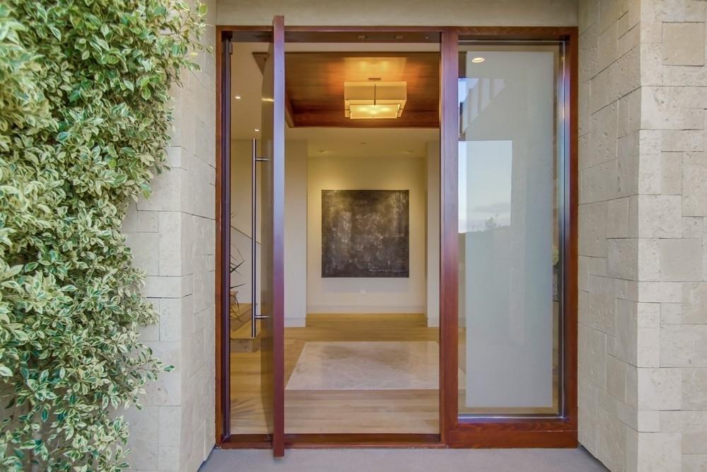 Grawski large front door