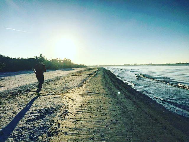 Vacay morning runs with dad ☀️
