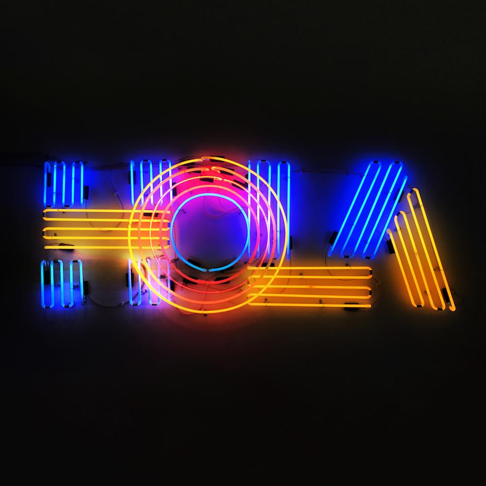 Efdot_hola-neon-square.jpg