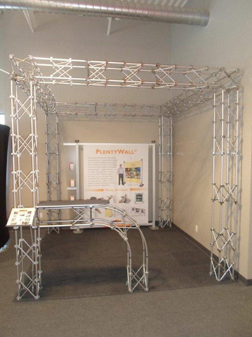 showroom-truss-2.jpg