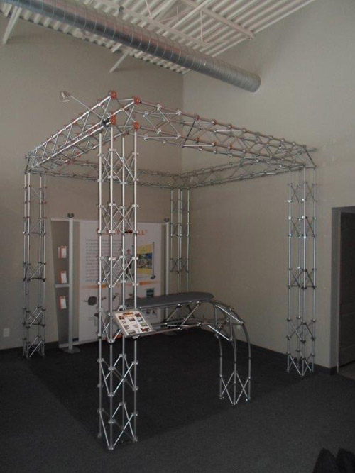 showroom-truss-1b.jpg