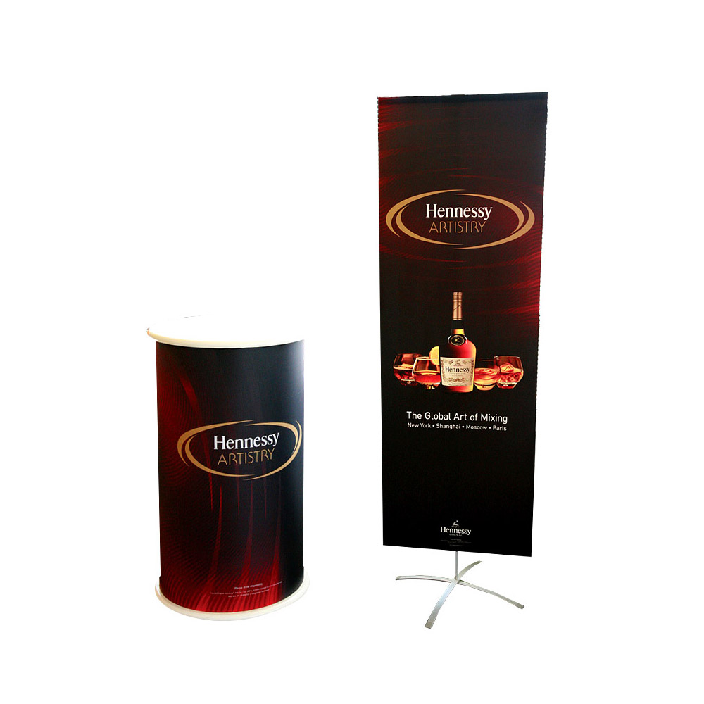 display-banner-stand-exhibit-adapt-accenta-04-henessey.jpg