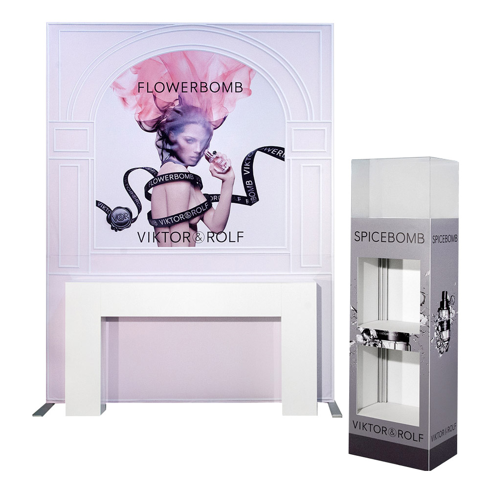 display-banner-stand-exhibit-fabricstand-accenta-03-victor-rolf.jpg