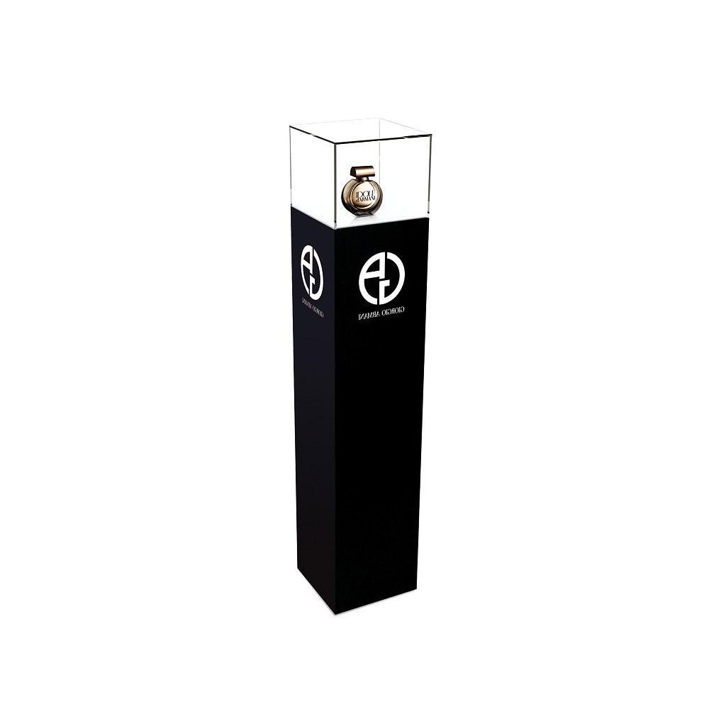display-pedestal-stocker-exhibit-accenta-pedestal-01-armani.jpg