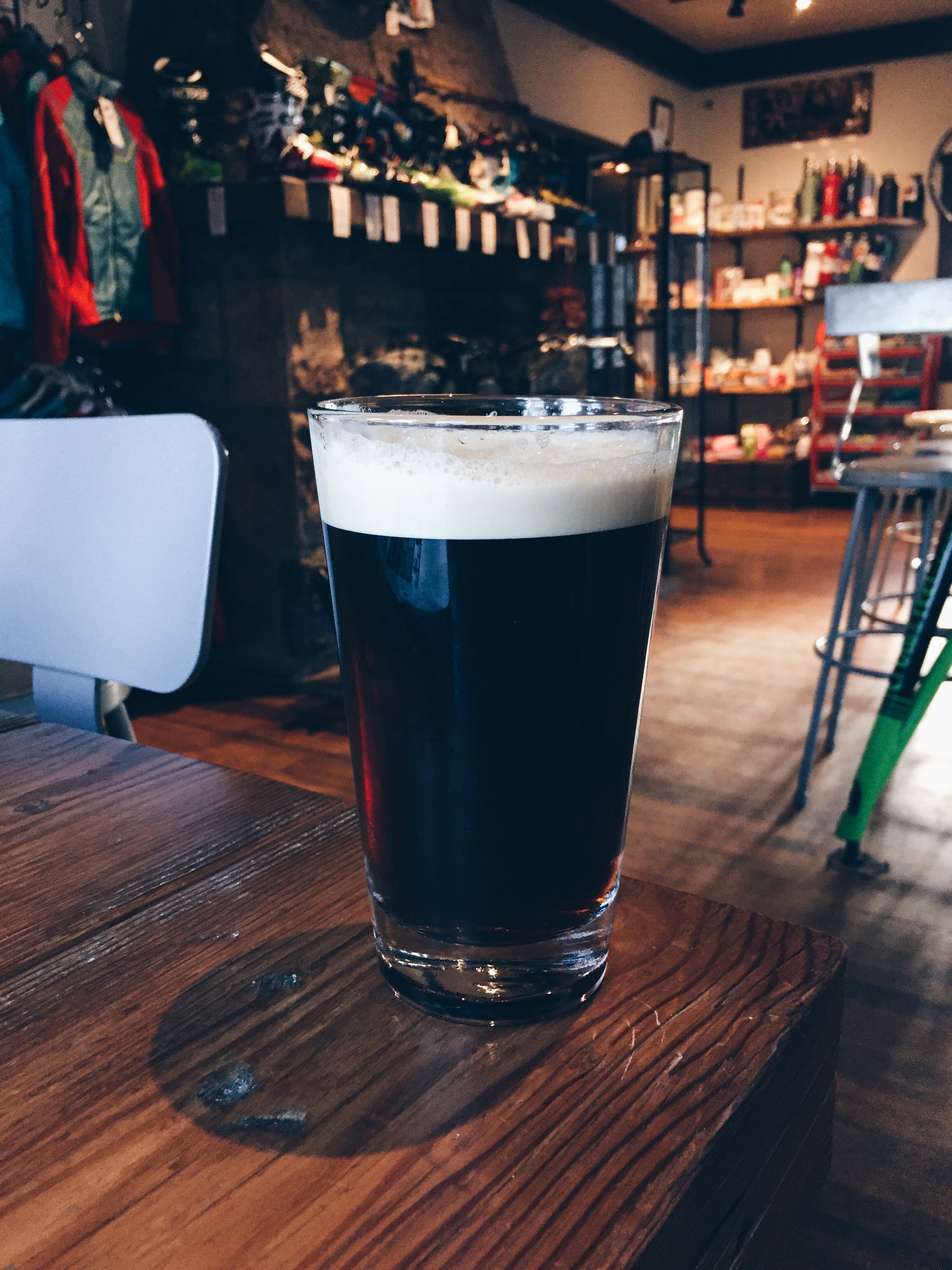 crows-feet-commons-stout.jpeg