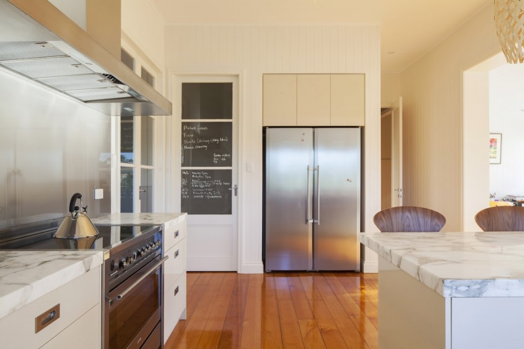 Ferrier-Baudet-Architects-Graceville-House-Kitchen-31-1024x682.jpg