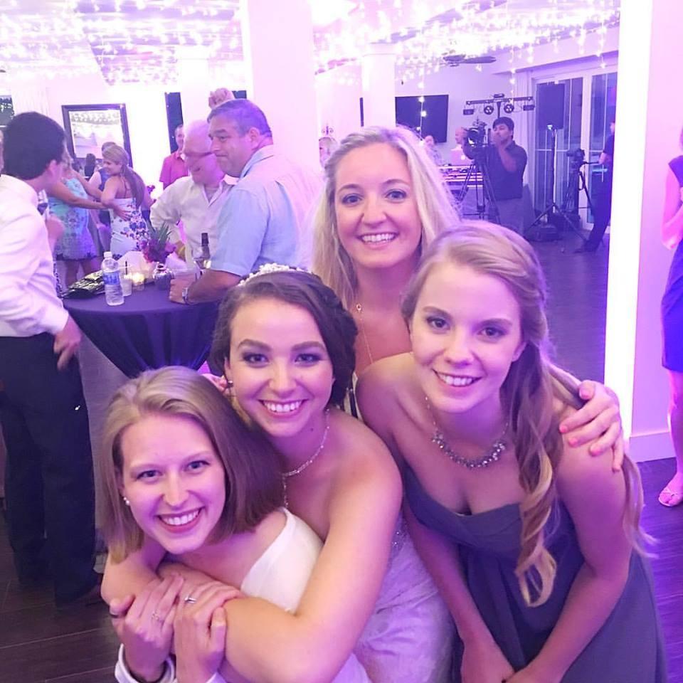 ZTA Family Love at Danielle's Wedding!