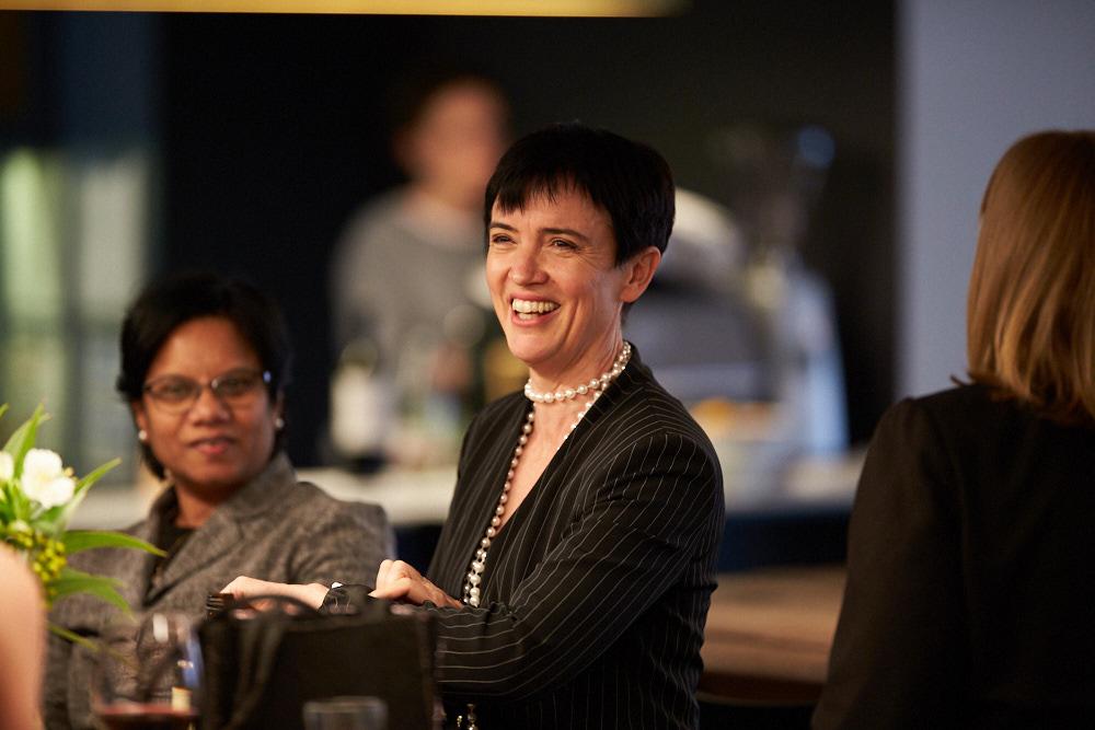 Amanda_Blesing_Speaker_Women_In_Leadership_Executive_Branding_Mentor.jpg