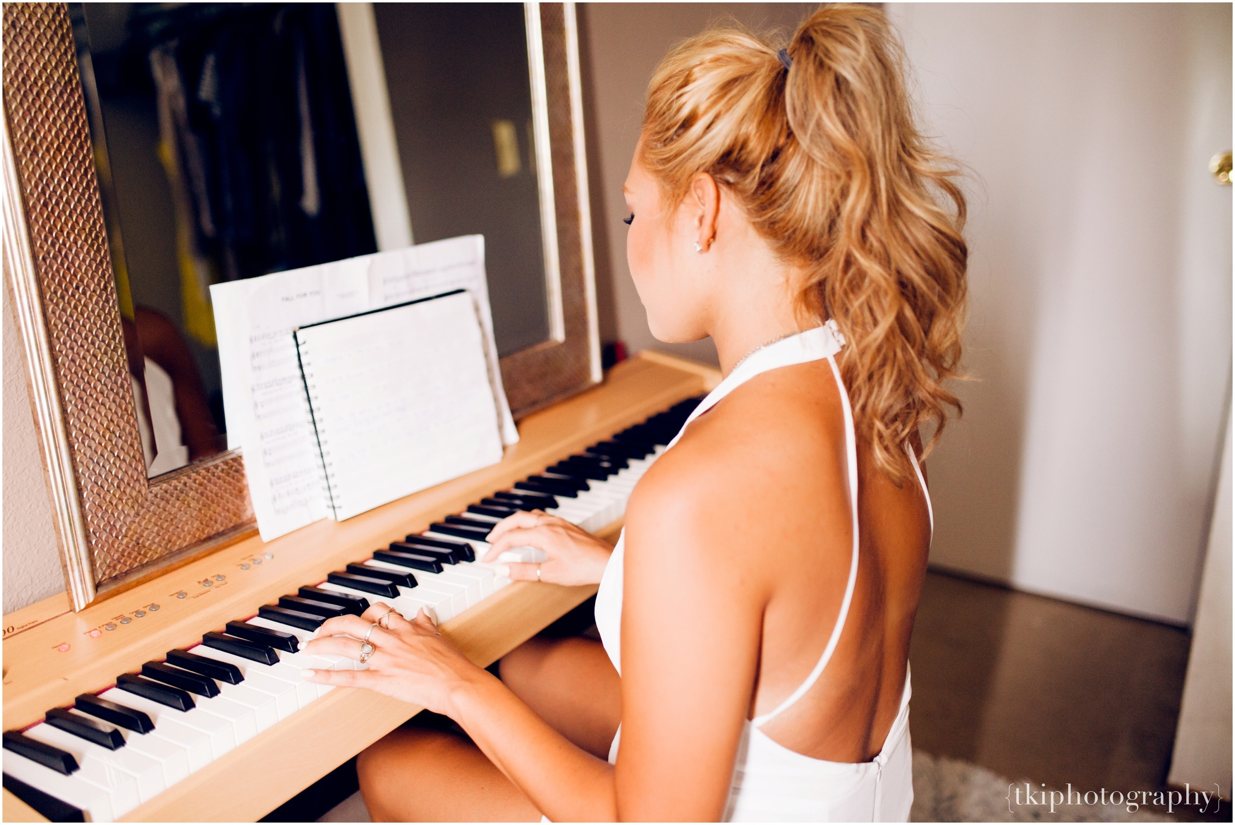 piano-portrait-girl-00.jpg