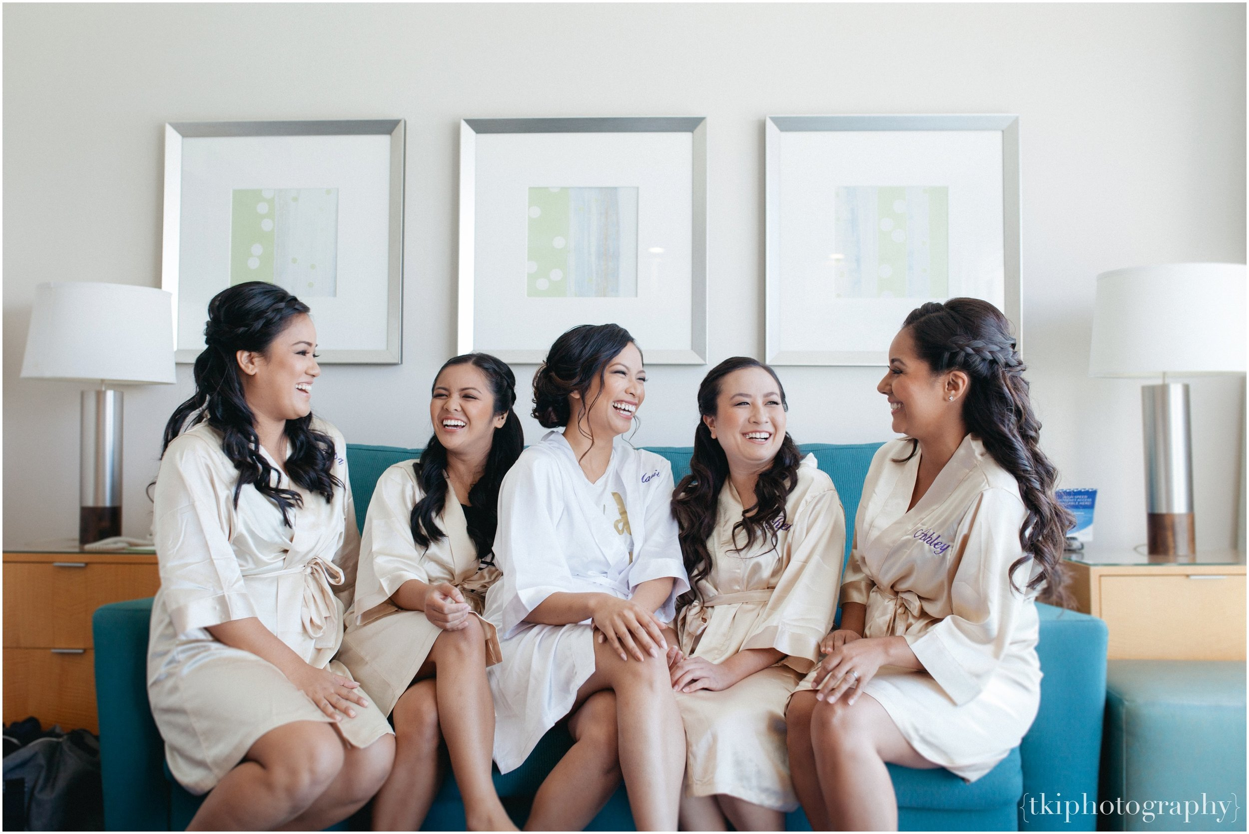 The morning was beginning nice and fresh, with Mari's best ladies beside her on her very special day. They each got their hair & make up ready and as soon as I arrived, they seemed so flawless!