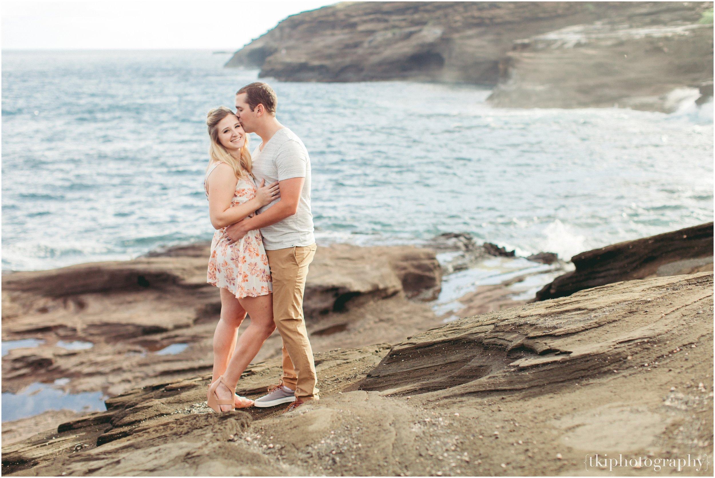 Lanai Lookout Engagement.jpg