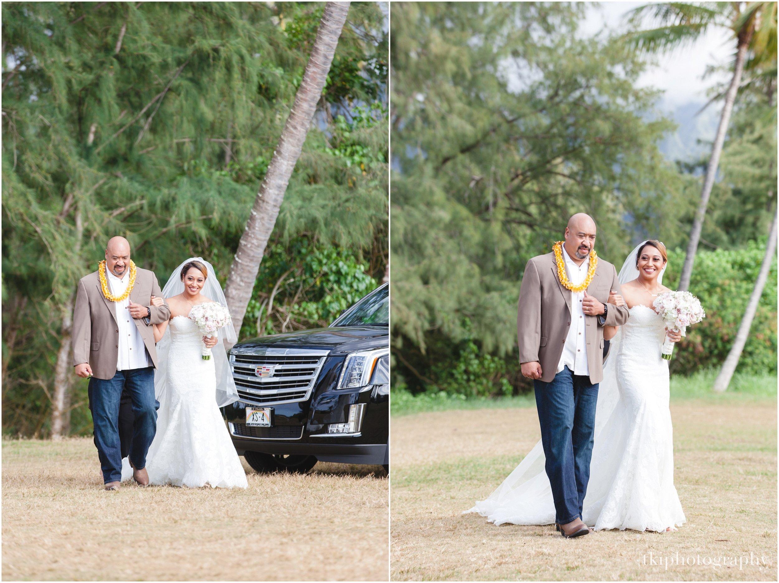 Oahu-Destination-Wedding-Beach_0084.jpg