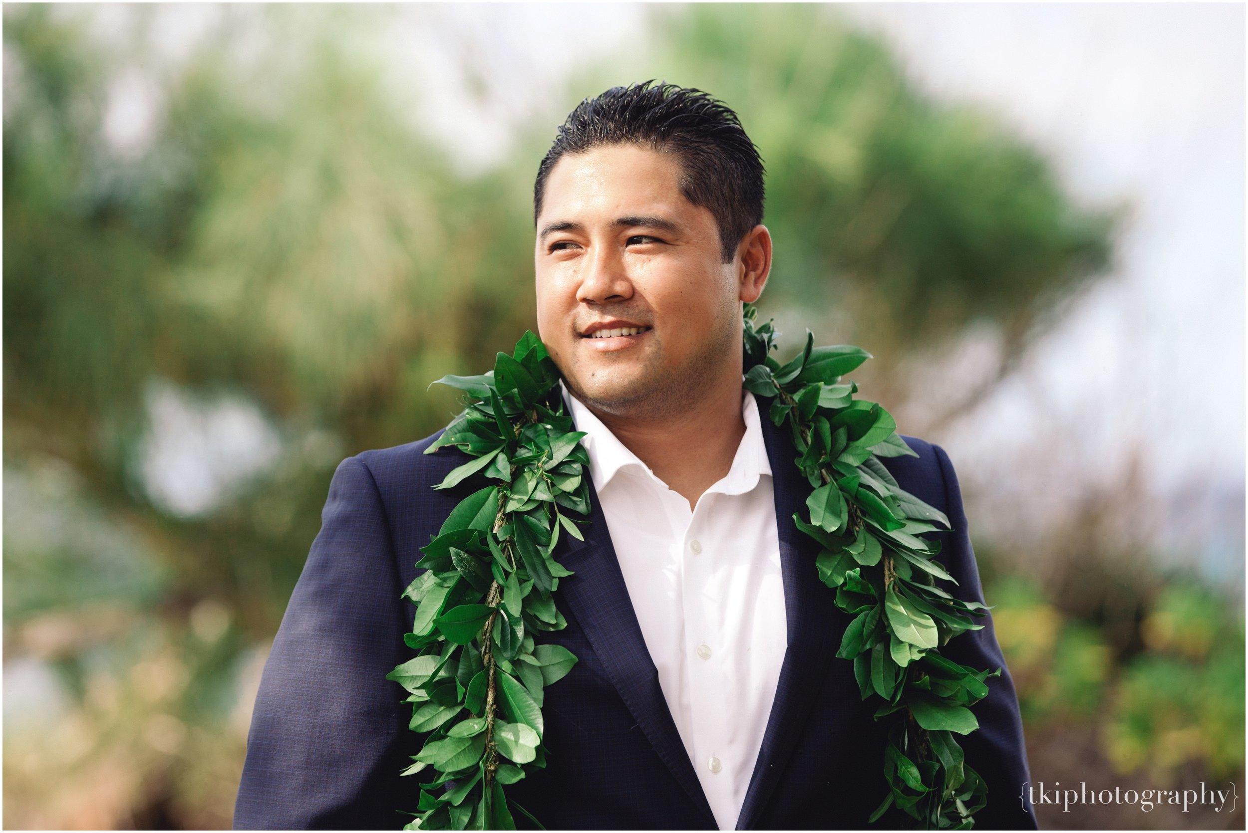 Oahu-Destination-Wedding-Beach_0096.jpg
