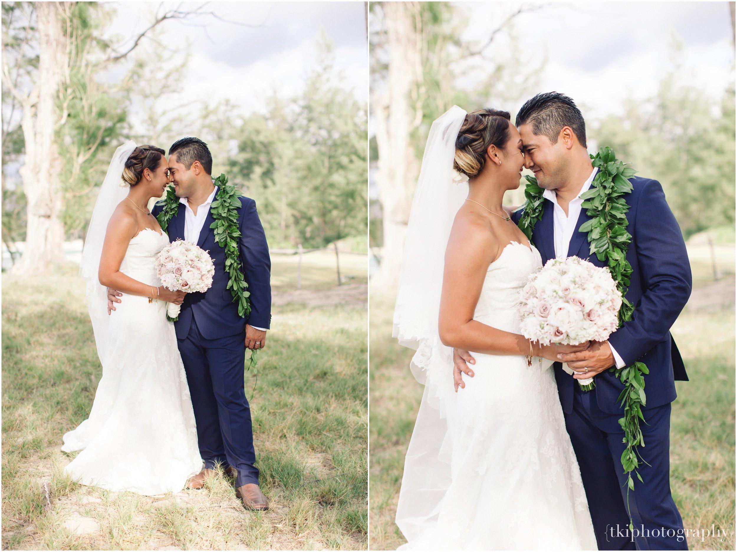 Oahu-Destination-Wedding-Beach_0100.jpg
