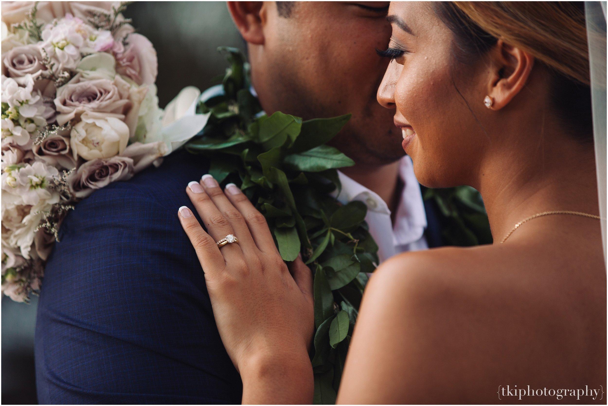 Oahu-Destination-Wedding-Beach_0108.jpg
