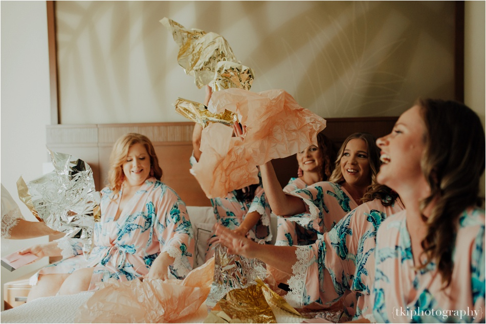 Wedding-Kualoa-Ranch-at-Paliku-Gardens_0026.jpg