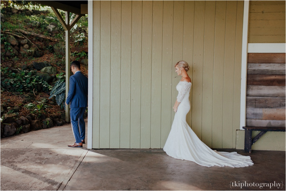 Wedding-Kualoa-Ranch-at-Paliku-Gardens_0046.jpg