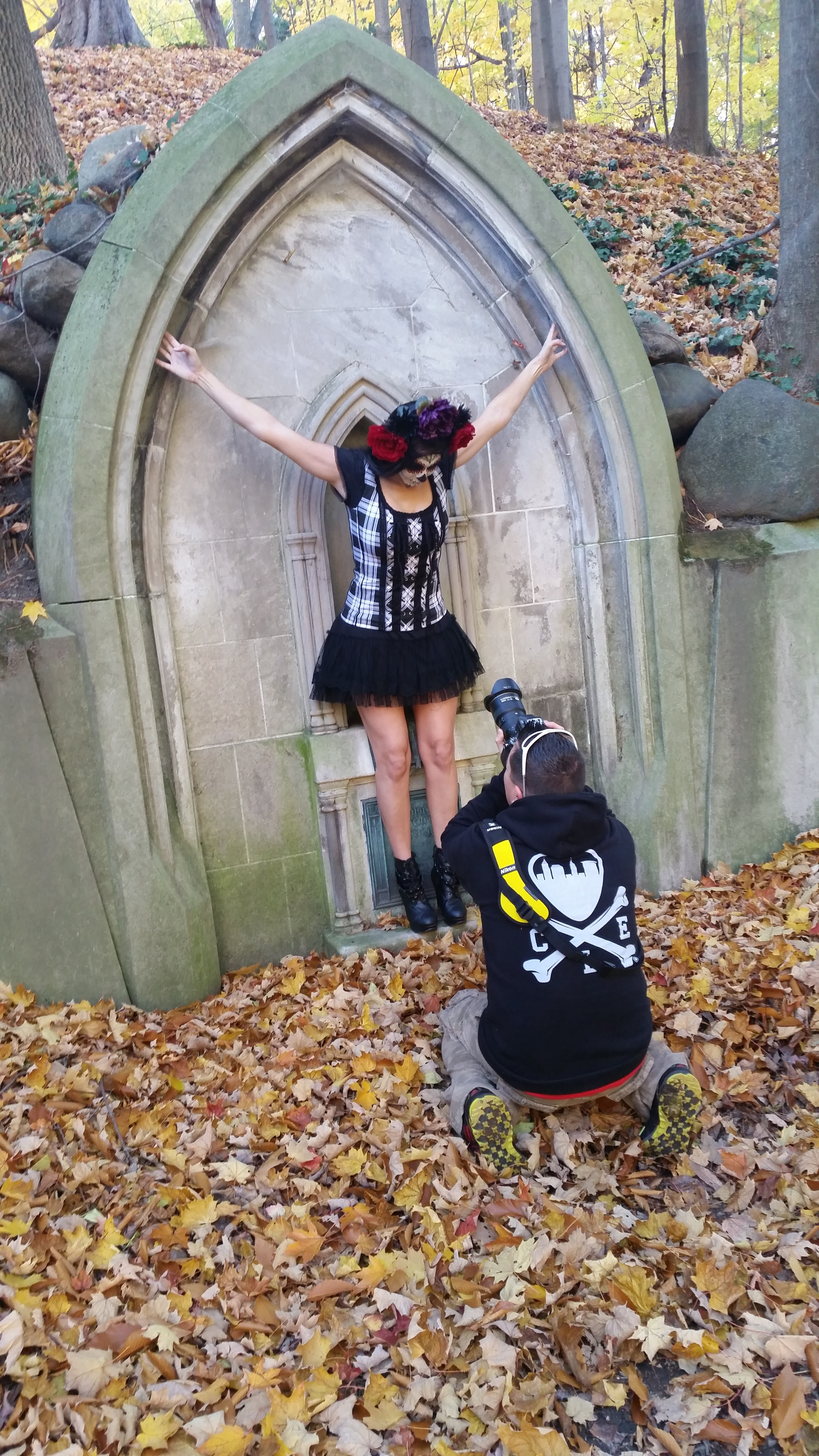 Dia de los Muertos! The Day-of-the-Dead shoot at Lakeview Cemetery.
