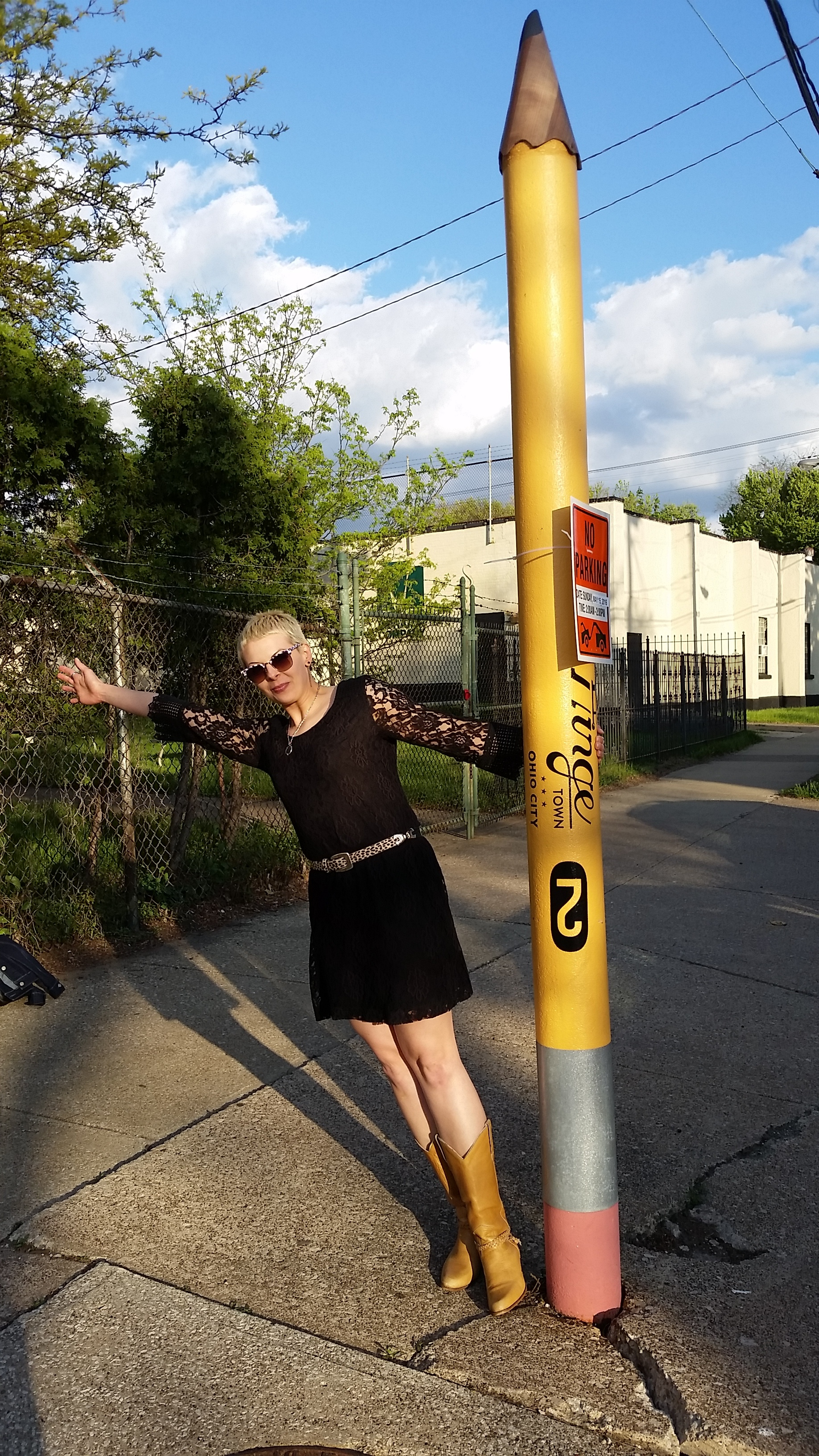 And here's me with a giant #2 pencil in Hingetown, outside of   Rising Star Coffee  . Why a pencil? I have no idea, but I love it.