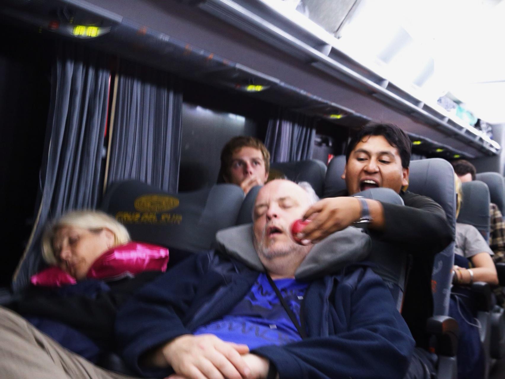 Yuri sharing his feelings of the snoring man