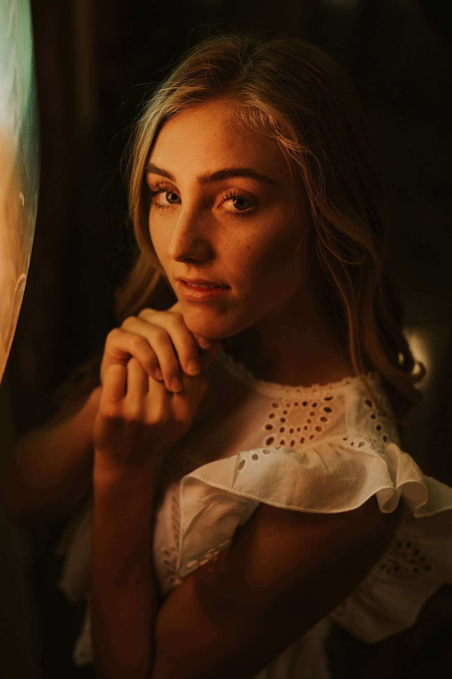 meg-senior-girl-standing-in-front-neon-lights-ankeny-high-school-desmoines-iowa-raelyn-ramey-photography-68.jpg