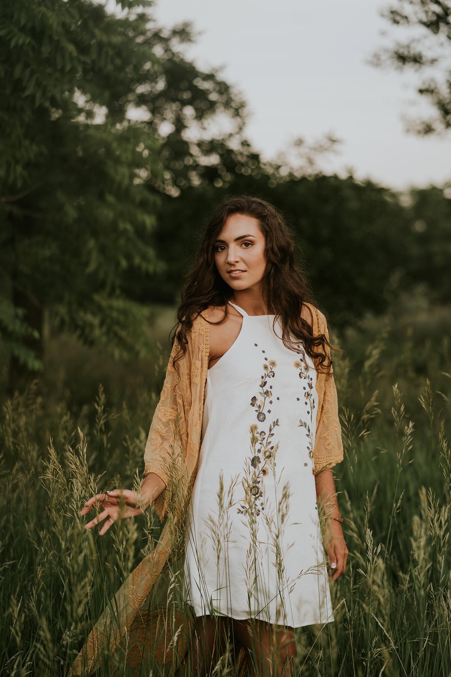 lizzy-senior-iris-aisle-girl-in-tall-grass-ankeny-high-school-desmoines-iowa-raelyn-ramey-photography-116.jpg