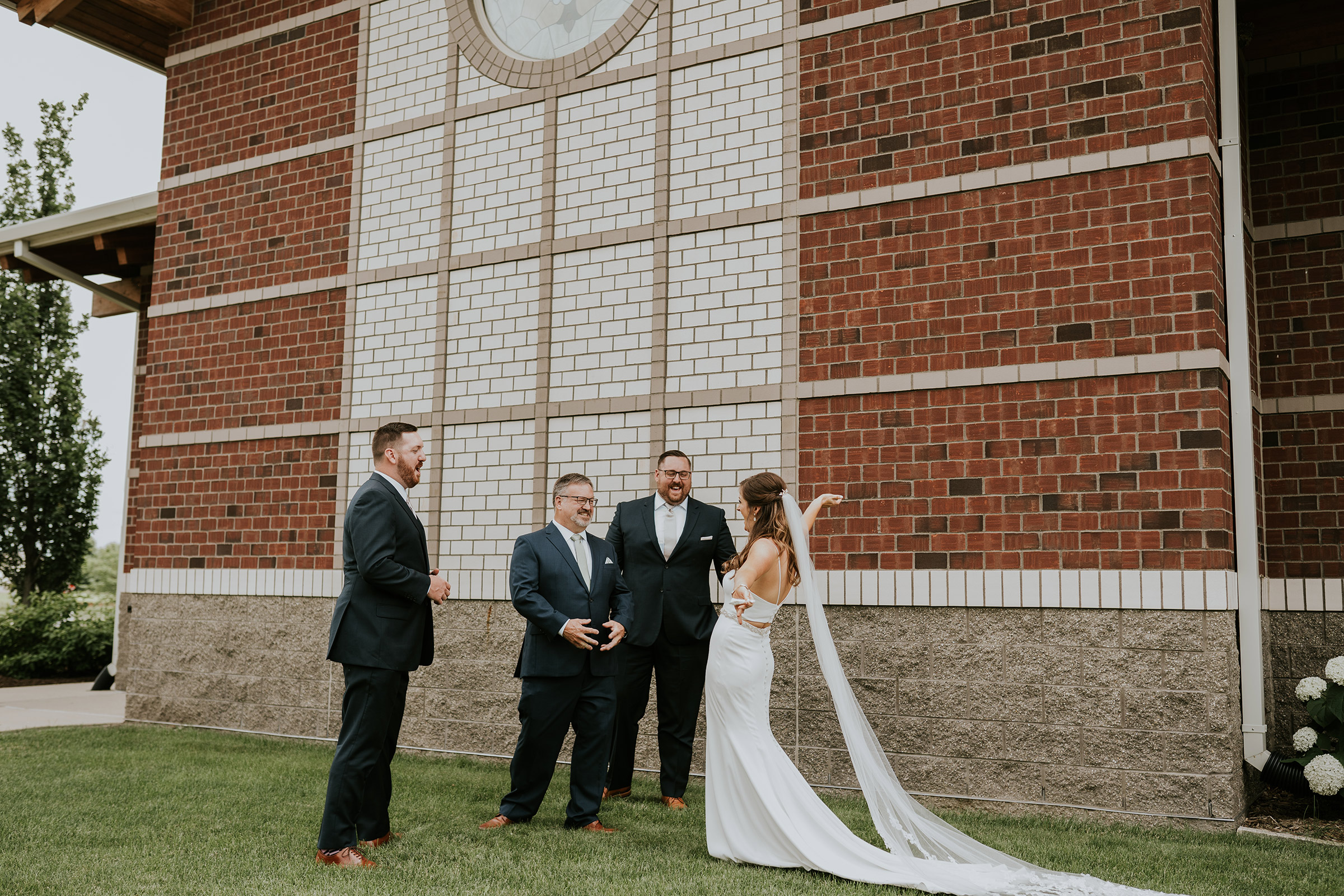 mr-mrs-hull-first-look-with-dad-and-brothers-st-boniface-waukee-desmoines-iowa-raelyn-ramey-photography-262.jpg