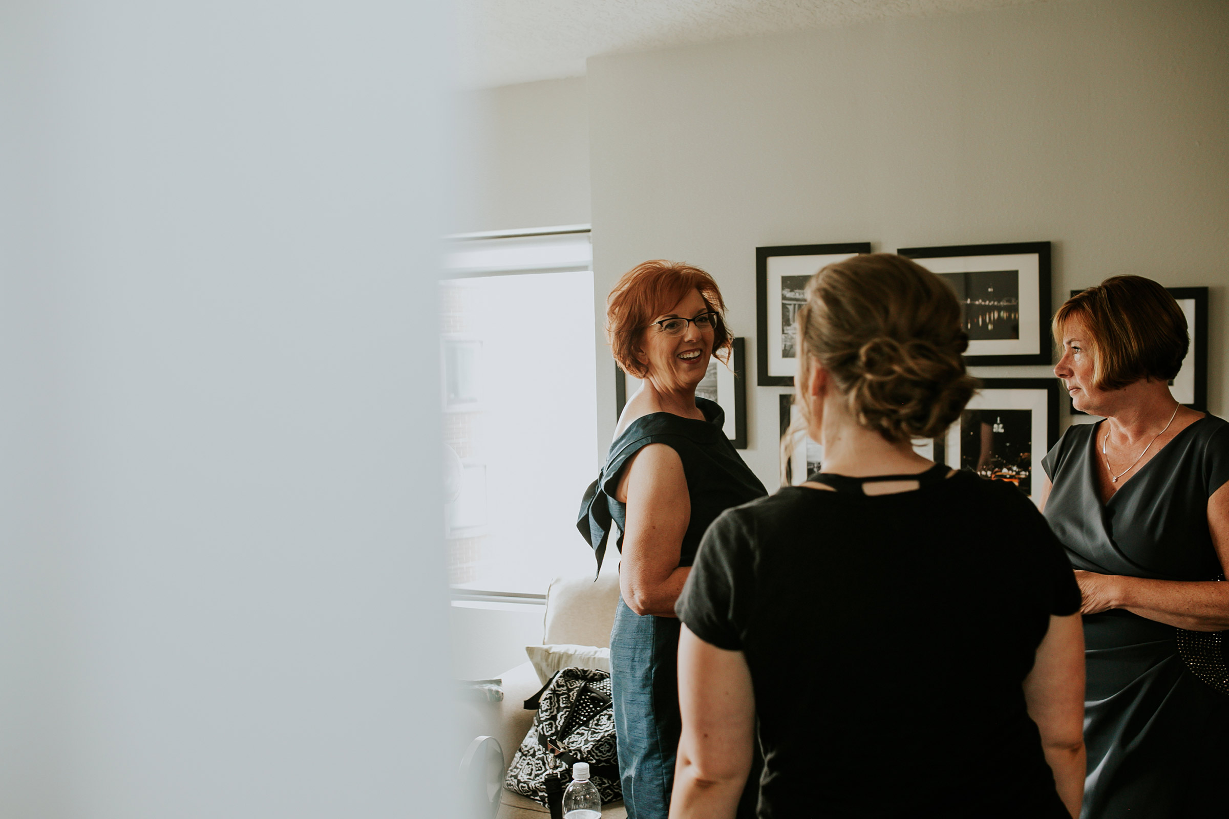 mr-mrs-hull-mother-of-bride-getting-ready-desmoines-iowa-raelyn-ramey-photography-52.jpg