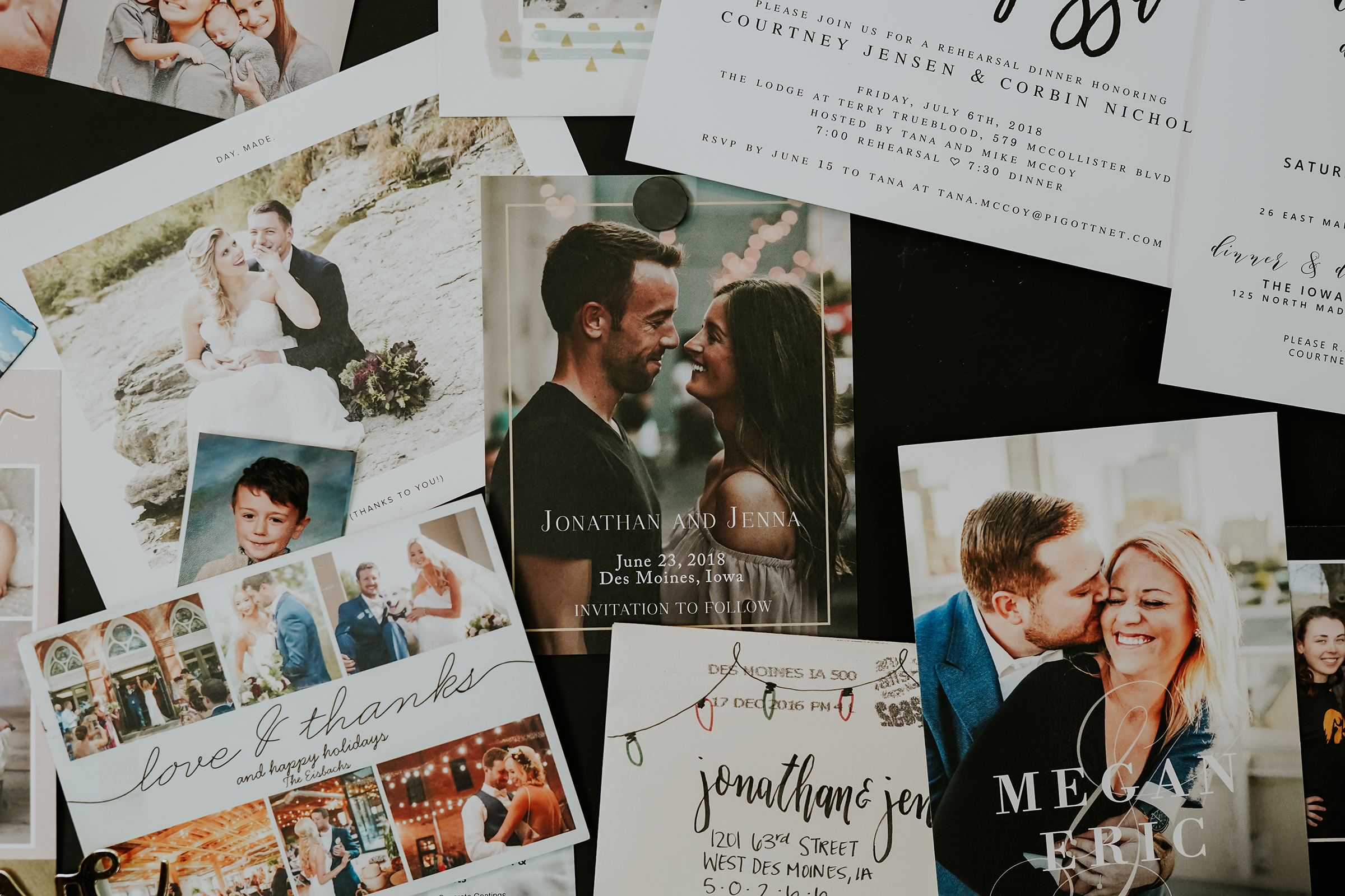mr-mrs-hull-save-the-dates-desmoines-iowa-raelyn-ramey-photography-128.png