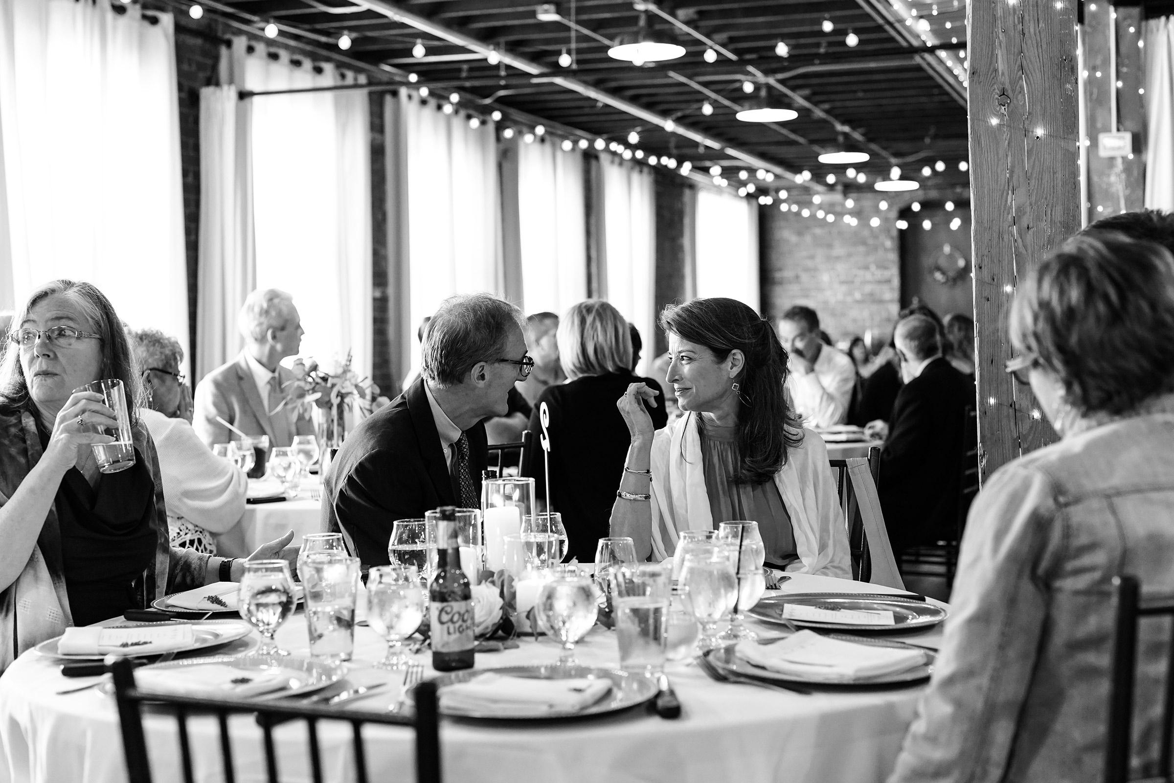 mr-mrs-hull-reception-taproom-couple-desmoines-iowa-raelyn-ramey-photography-558.jpg