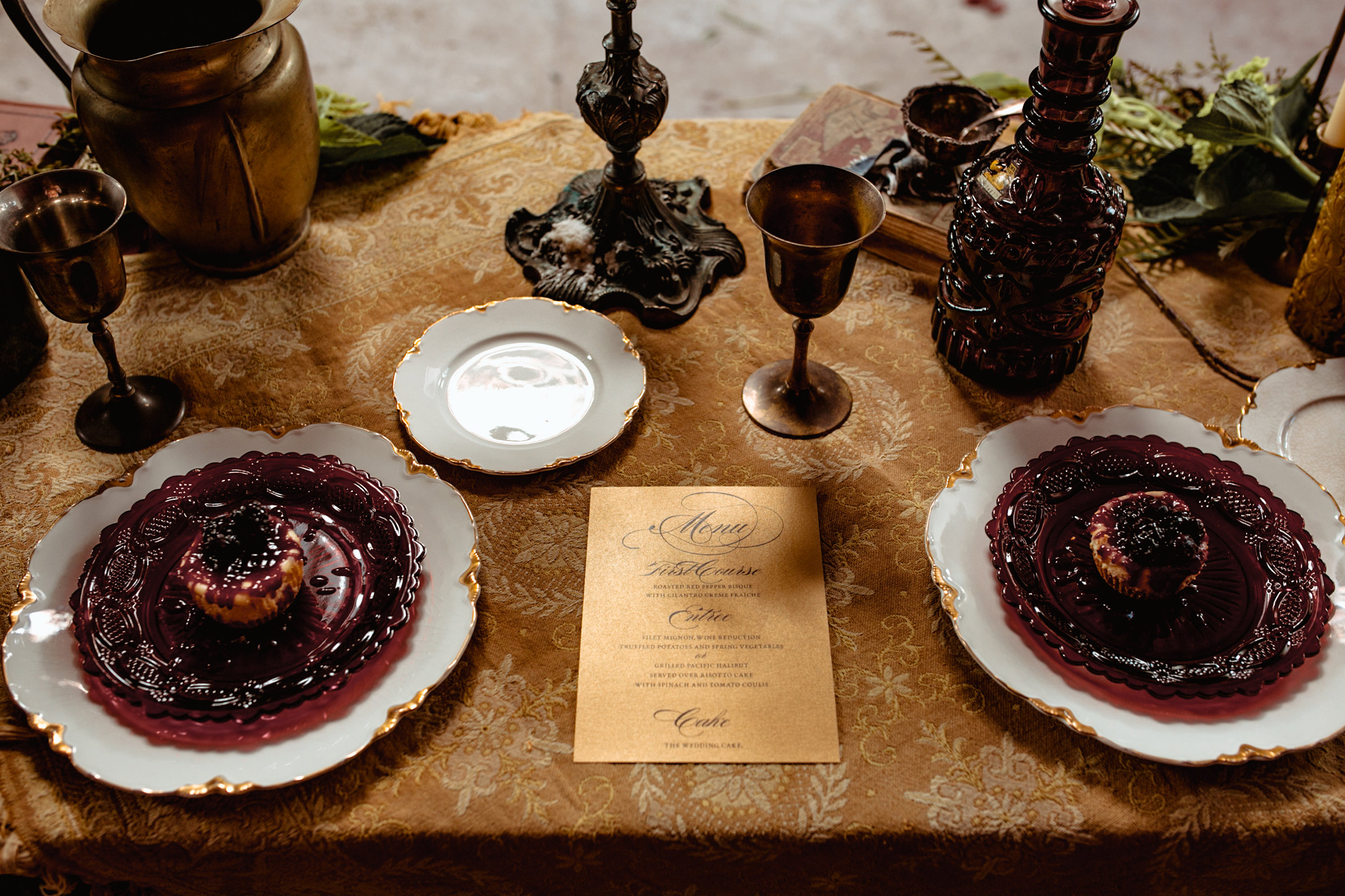 ephemera-designs-reception-table-burlington-iowa-gothic-wedding-elopement-raelyn-ramey-photography-138.jpg