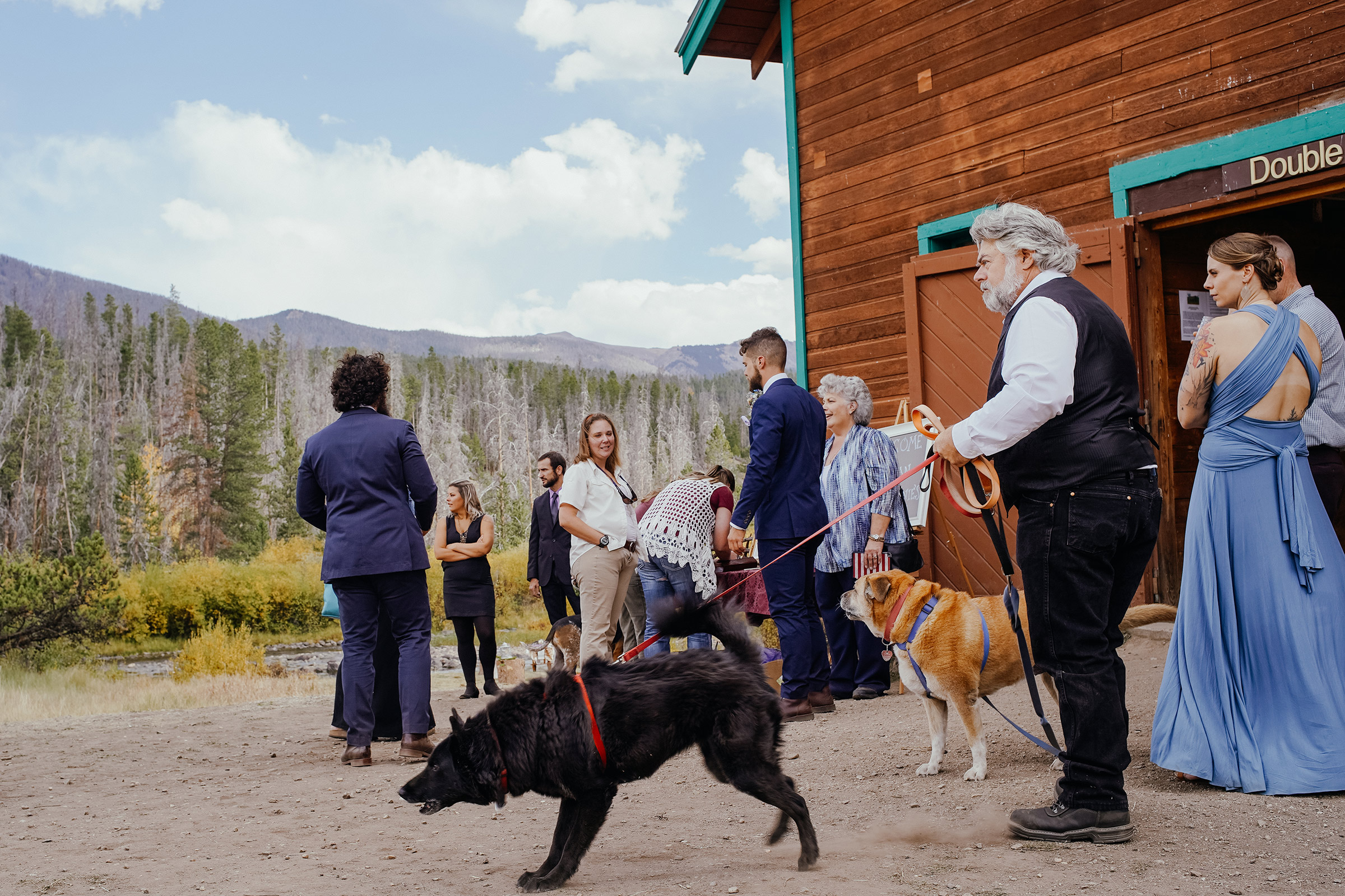 wedding-guest-with-dog-double-a-barn-grand-lake-colorado-raelyn-ramey-photography-354.jpg